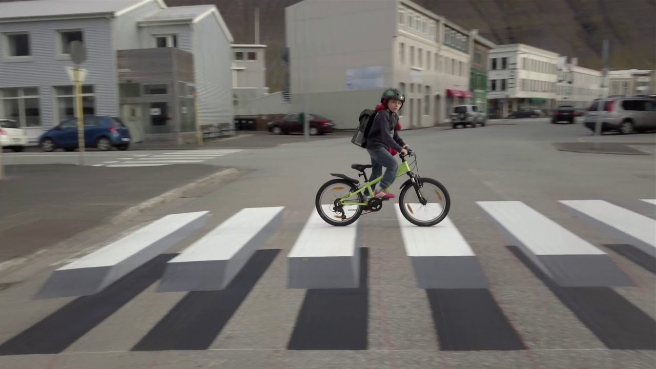 Nový typ silničních přechodů nutí řidiče optickým klamem k pomalé jízdě