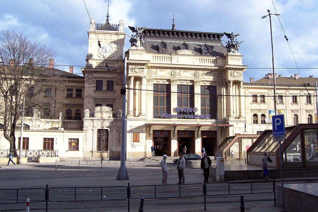 V Brně nasadí do úklidu ulic novou technologii čištění
