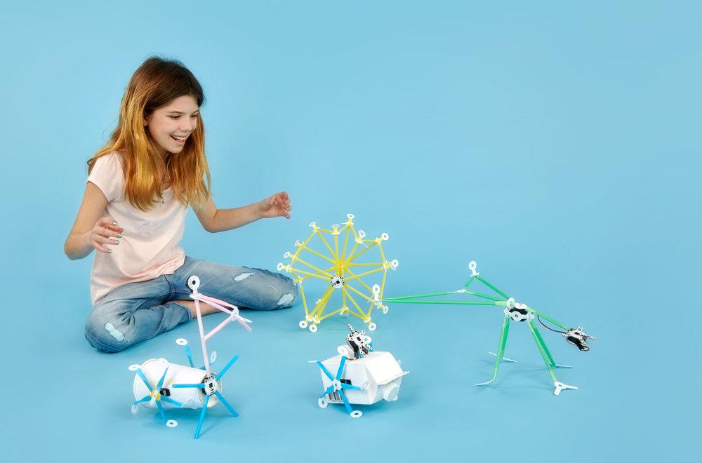 Projekt robotů z brček pomáhá dětem rozvíjet vztah k technice