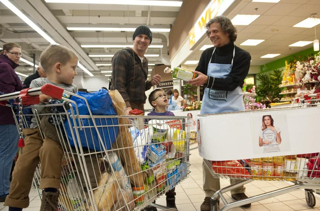 V sobotu se uskuteční další Národní potravinová sbírka