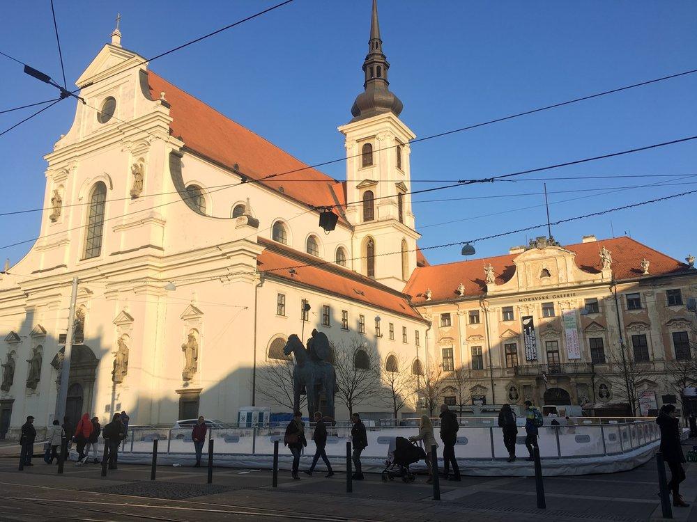 Pražská i brněnská sportoviště se o Vánocích otevřou zdarma