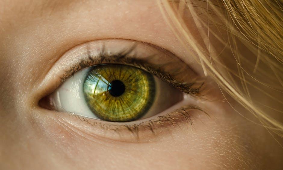 Umělá inteligence dokáže z oka odhalit riziko srdeční poruchy