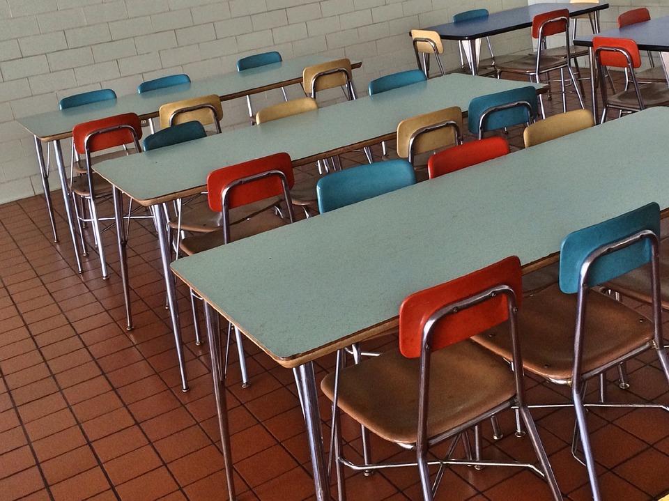 Kvalita stravy ve školních jídelnách roste