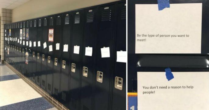 Studenti popsali pět tisíc kartiček milými zprávami. Ty poté rozmístili po škole