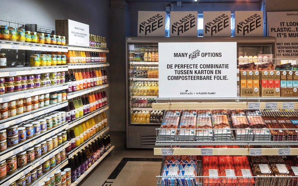 V amsterdamském obchodu vznikla první ulička nabízející produkty bez plastových obalů