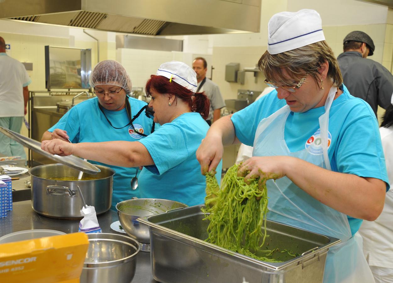 Brno finančně podpoří dietní stravování ve školách