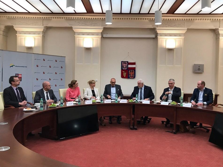 Brněnští studenti se díky praxím mohou lépe uplatnit na trhu práce