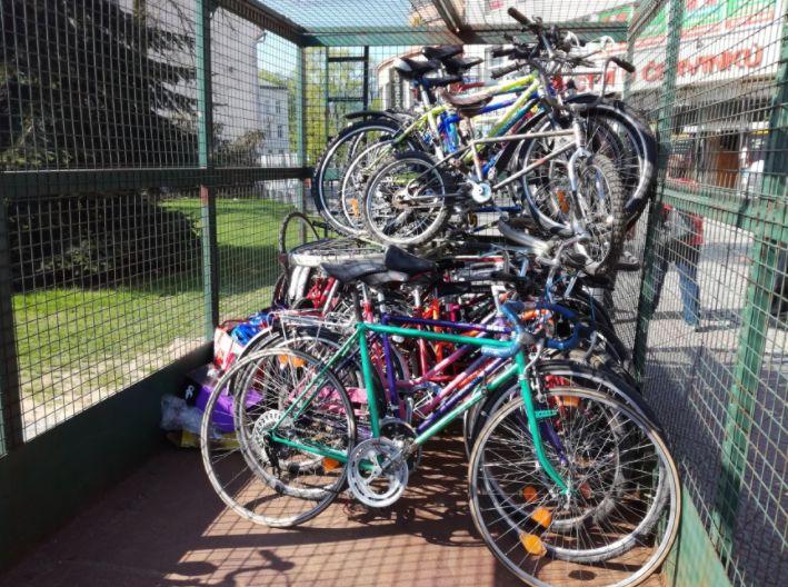 Zlíňané darovali 129 jízdních kol dětem v Africe