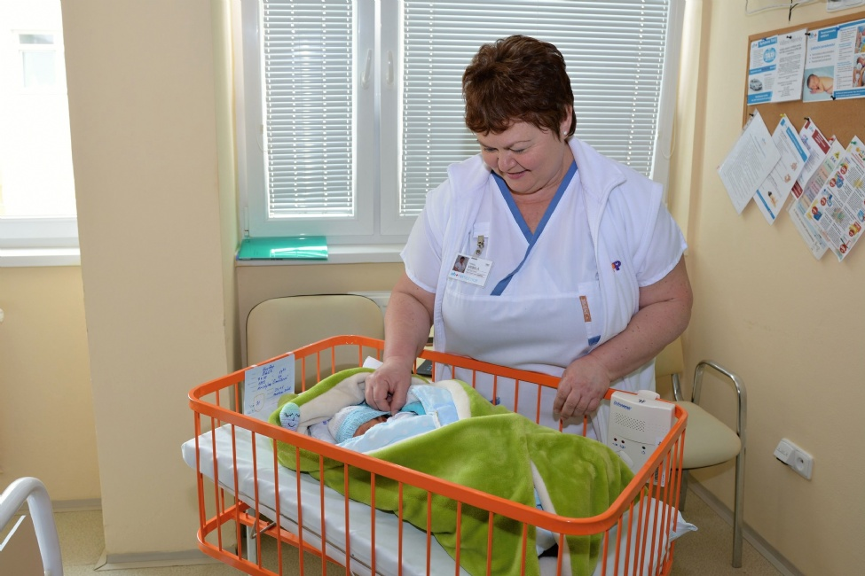 Miminka v uherskohradišťské nemocnici pohlídají nové monitory dechu