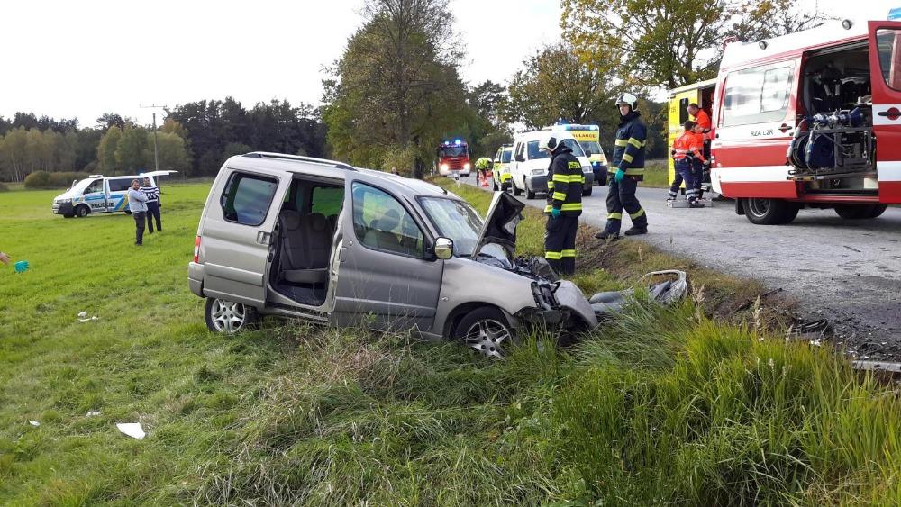 Systém při autonehodě sám zavolá pomoc. Od dubna je jeho instalace do vozů povinná