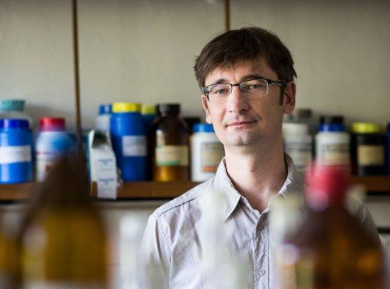 Vědci ze Slovenské akademie věd vyvinuli novou metodu k odhalení rakoviny