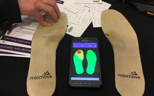 Čeští vědci vytvořili chytrou stélku do bot. Představili ji v Silicon Valley