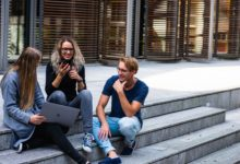 Erasmus slaví 20 let v Česku. Za tu dobu s ním vycestovalo téměř sto tisíc českých studentů