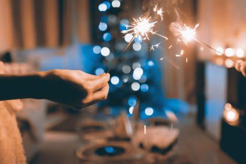 10 tipů na šetrnější Vánoce: od stromečku až po kapra