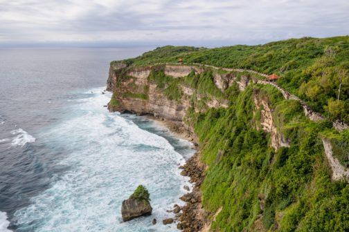 I Bali se dočkalo zákazu jednorázových plastů. Pomohly organizace a hromadné úklidy