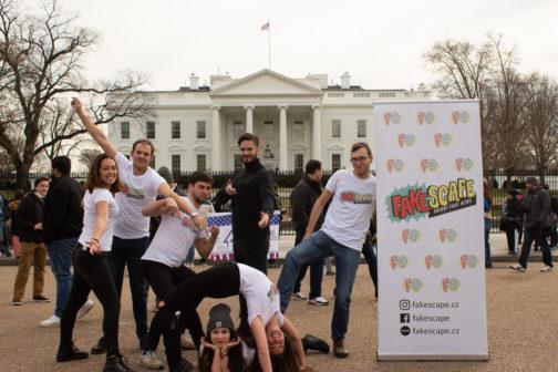 Studenti z Brna zabodovali s únikovkou o dezinformacích na světové soutěži v USA