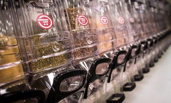 Jednorázové plasty mizí i z českých online supermarketů