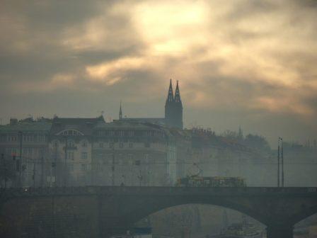 Praha chce během smogových situací zajistit MHD zdarma