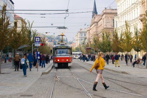 Brněnská MHD spustí na jaře bezkontaktní platby přímo ve vozech