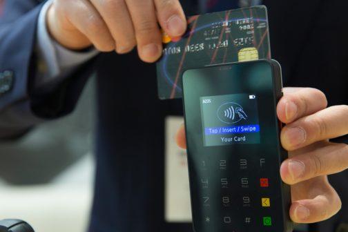 Zaplatit kartou by brzy díky novince mělo jít téměř všude