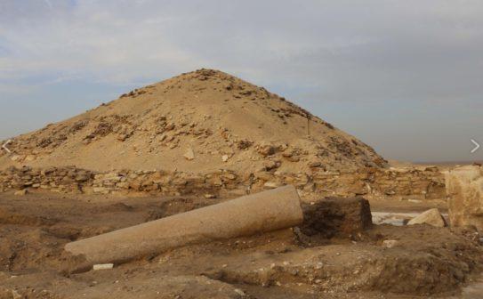 Čeští egyptologové objevili hrobku záhadné královny