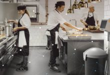 Chytrý koš může pomoct snížit množství odpadu v kuchyni na polovinu