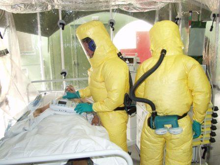 Průlom vléčbě eboly: nové léky mají až 90% účinnost