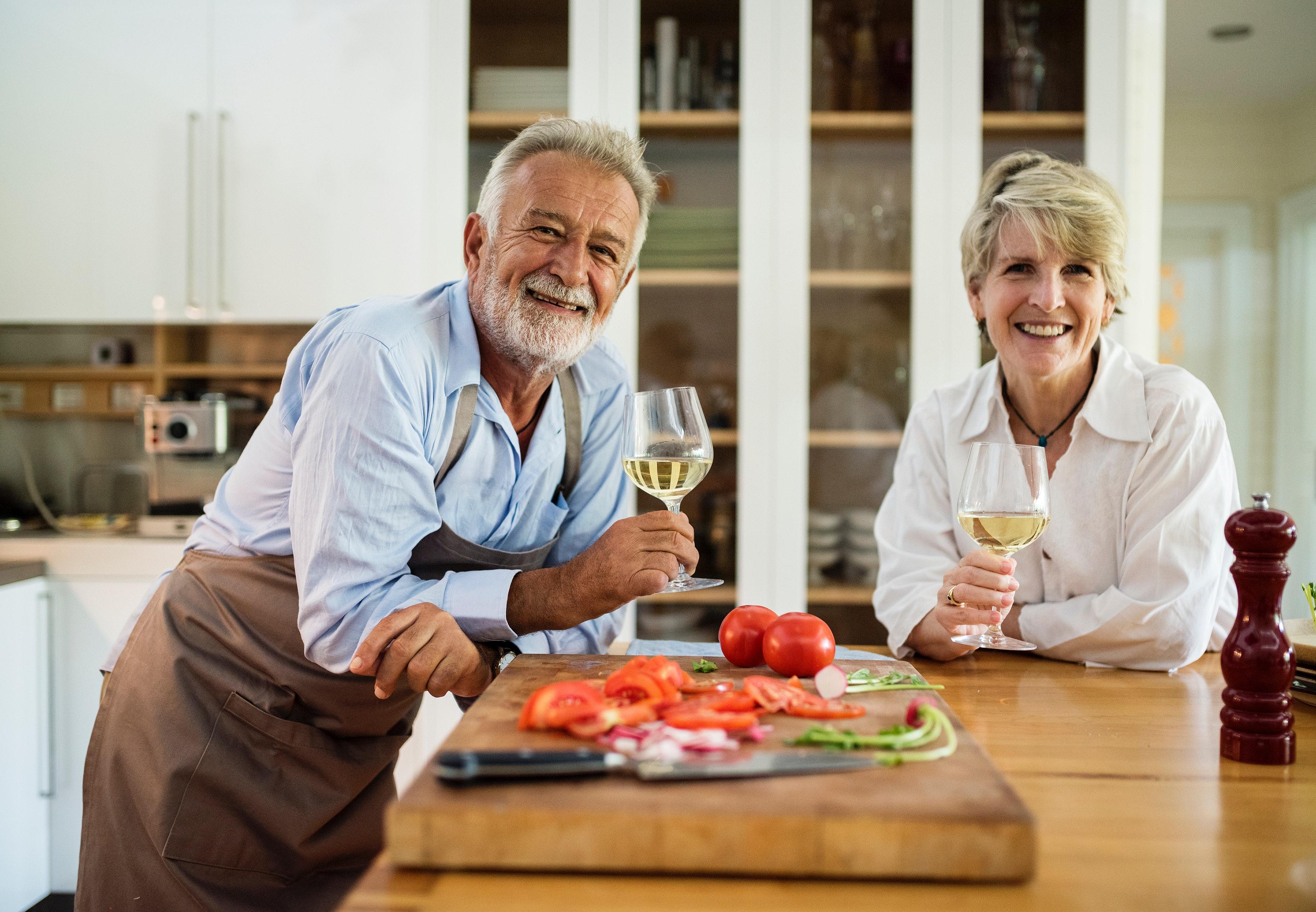 Manželé se šťastnými partnery žijí podle výzkumu déle
