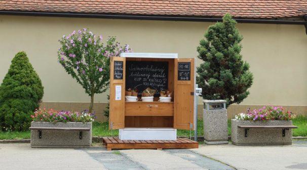 Automat na květiny? Na jižní Moravě fungují první Kveetkomaty