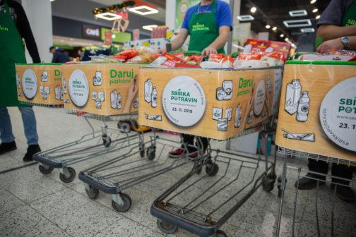 Podzimní Sbírka potravin se nesla ve znamení rekordů. Vybralo se 382 tun zboží