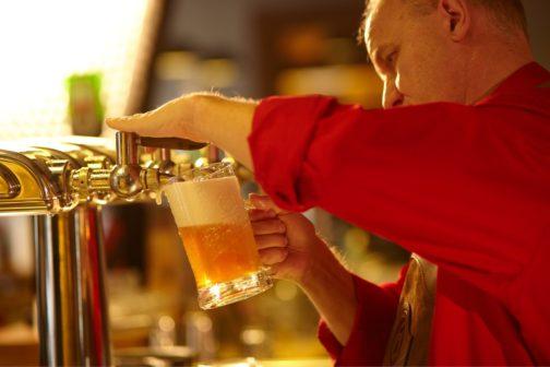Gambrinus končí s prodejem piva v PET lahvích