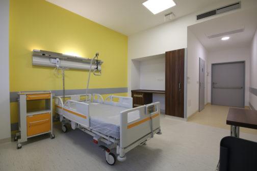 Do krajských nemocnic proudí stovky milionů korun. Investice nezabrzdí ani rostoucí ceny stavebních prací a materiálu