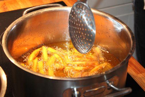 Třídit jedlé oleje by mělo být od ledna možné v každé české obci