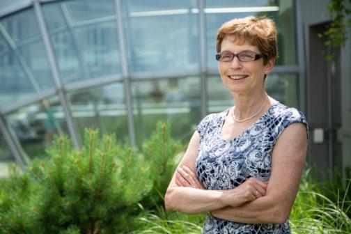 Manželé věnují mladým vědcům 200 milionů, nadchli tím Česko
