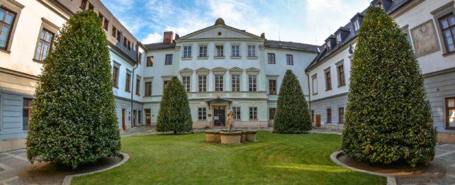 Univerzita Palackého jako první česká univerzita míří do zahraničí. Studijní program spustila v Iráku